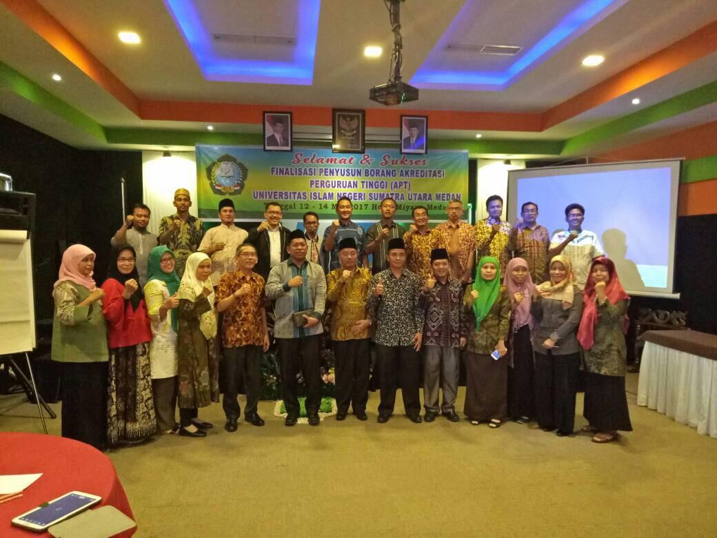 Finalisasi Penyusun Borang Akreditasi Perguruan Tinggi Universitas Islam Negeri